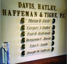 Davis, Hately